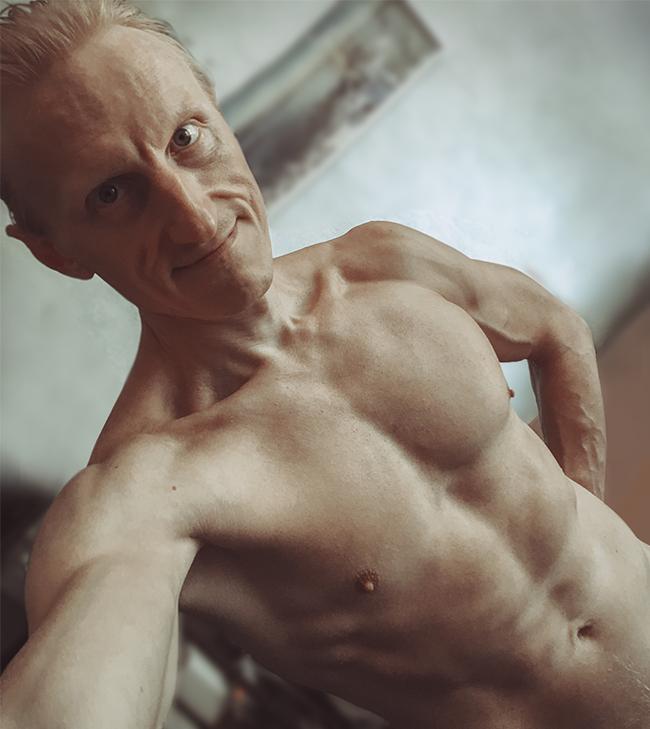 Igor_BodyProfile_(650px)
